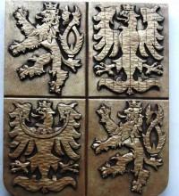 Patinovaný sádrový znak ČR
